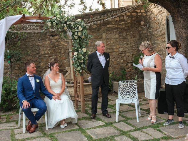 Le mariage de Benoit et Emilie à Bellegarde, Gard 74