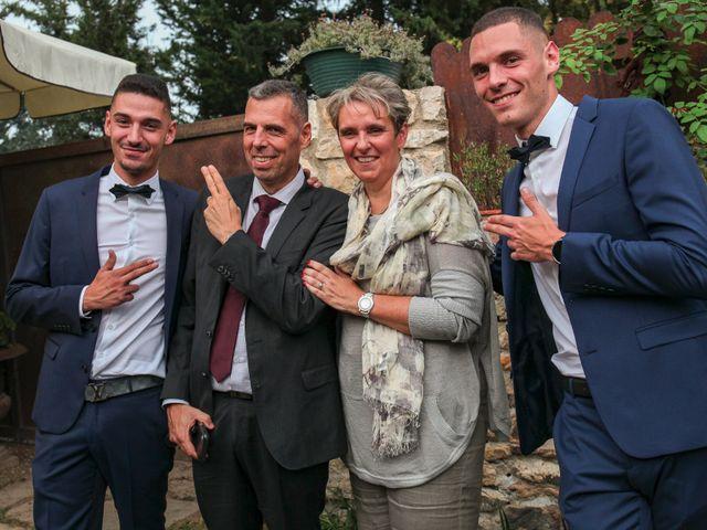 Le mariage de Benoit et Emilie à Bellegarde, Gard 164