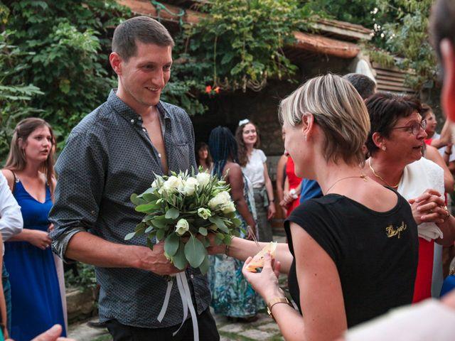 Le mariage de Benoit et Emilie à Bellegarde, Gard 187