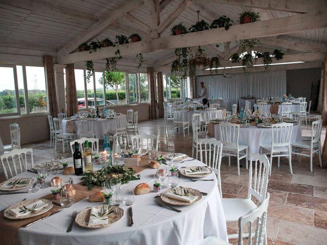 Le mariage de Benoit et Emilie à Bellegarde, Gard 201