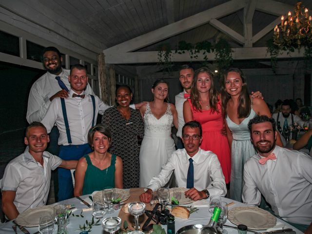 Le mariage de Benoit et Emilie à Bellegarde, Gard 219