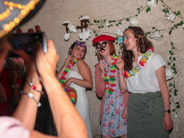 Le mariage de Benoit et Emilie à Bellegarde, Gard 257