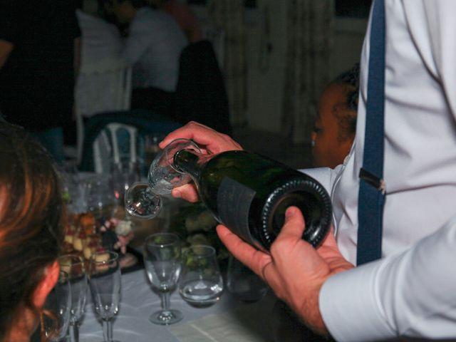 Le mariage de Benoit et Emilie à Bellegarde, Gard 270