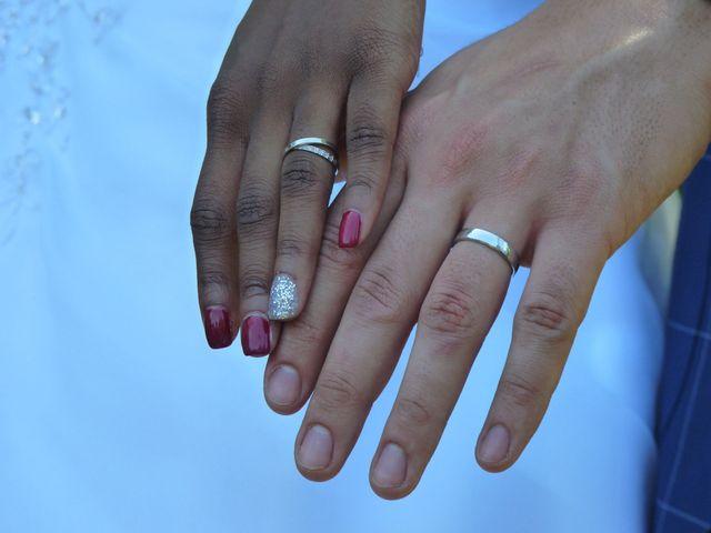 Le mariage de Roger et Cassandra  à Nivolas-Vermelle, Isère 3