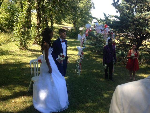 Le mariage de Roger et Cassandra  à Nivolas-Vermelle, Isère 10
