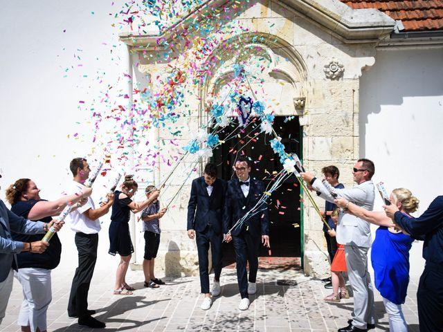 Le mariage de Dimitri et Aurélien à Saint-Pierre-d'Oléron, Charente Maritime 37