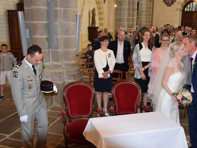 Le mariage de Styven et Aurélie à Saint-Étienne-en-Coglès, Ille et Vilaine 32
