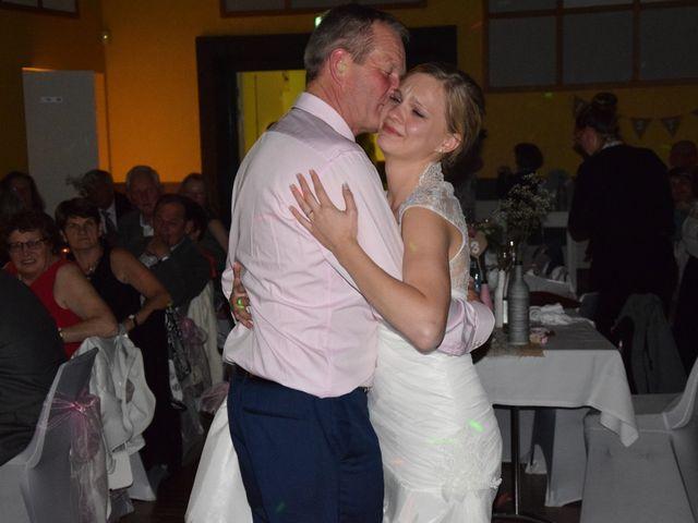 Le mariage de Styven et Aurélie à Saint-Étienne-en-Coglès, Ille et Vilaine 44
