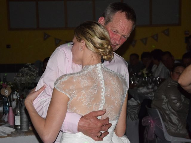Le mariage de Styven et Aurélie à Saint-Étienne-en-Coglès, Ille et Vilaine 45
