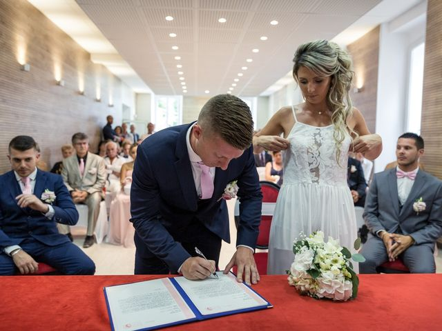 Le mariage de Florian et Elody à Le Cannet-des-Maures, Var 15