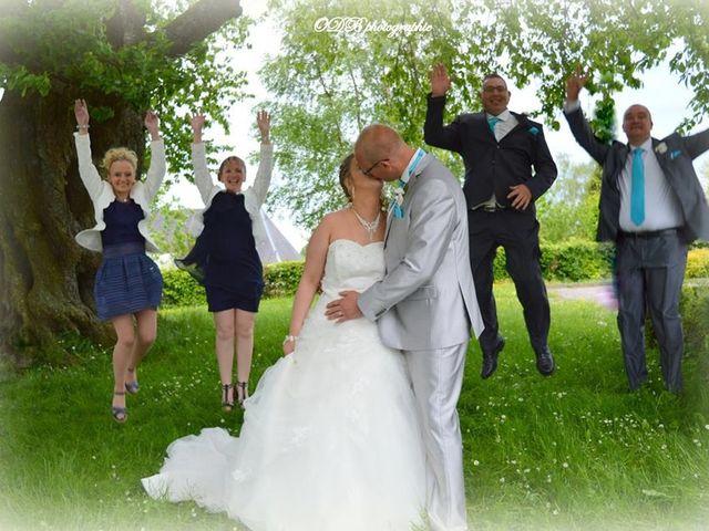 Le mariage de Tony et Ingrid à La Flamengrie, Aisne 22
