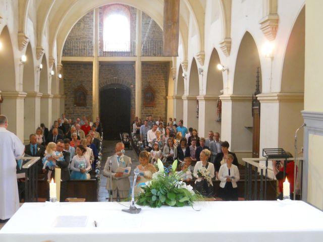 Le mariage de Tony et Ingrid à La Flamengrie, Aisne 32