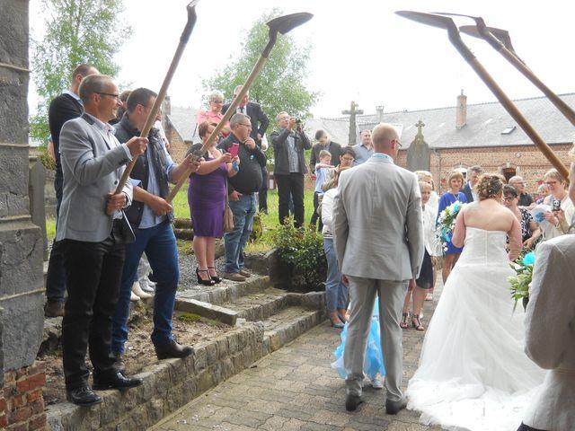 Le mariage de Tony et Ingrid à La Flamengrie, Aisne 35