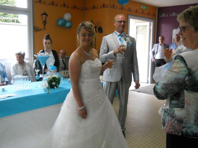 Le mariage de Tony et Ingrid à La Flamengrie, Aisne 38