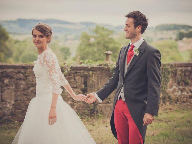 Le mariage de Vincent et Albane à Saint-Laurent-de-Chamousset, Rhône 32