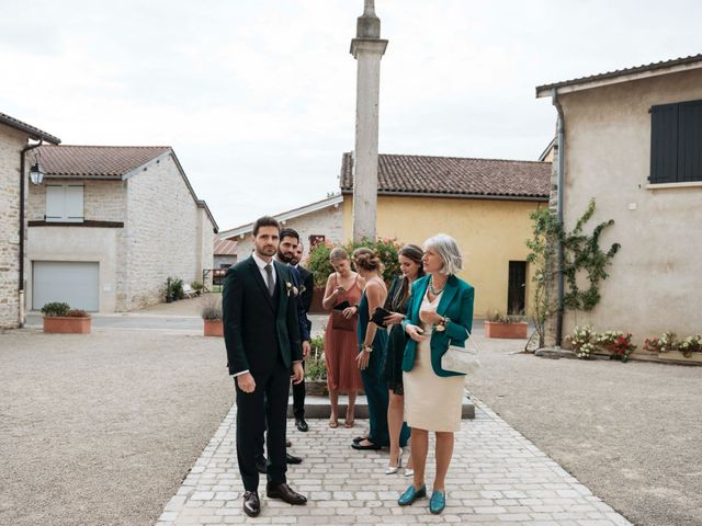Le mariage de Charlie et Marina à Bourg-en-Bresse, Ain 19