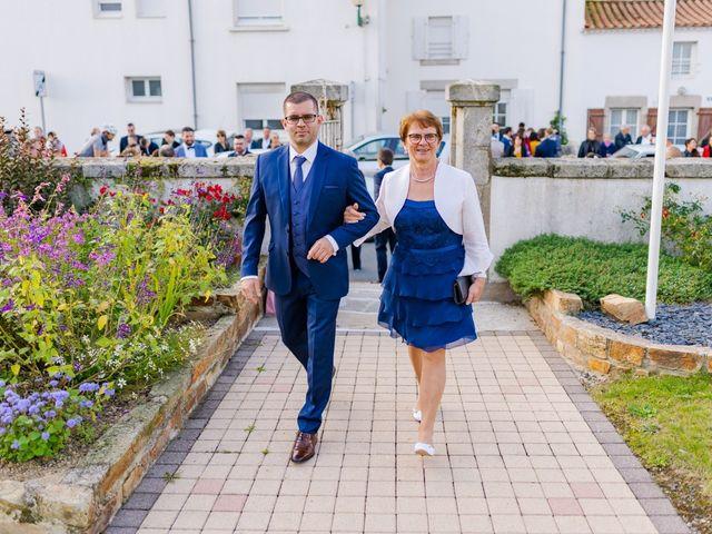 Le mariage de Anthony et Carine à Boufféré, Vendée 1