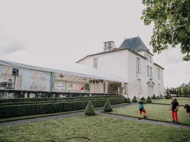 Le mariage de Sebastien et Vanessa à Saintes, Charente Maritime 1
