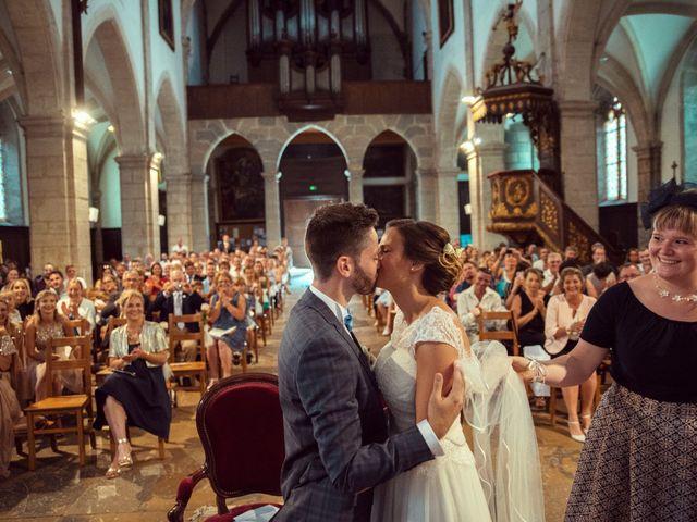 Le mariage de Romain et Juliette à Baume-les-Dames, Doubs 32