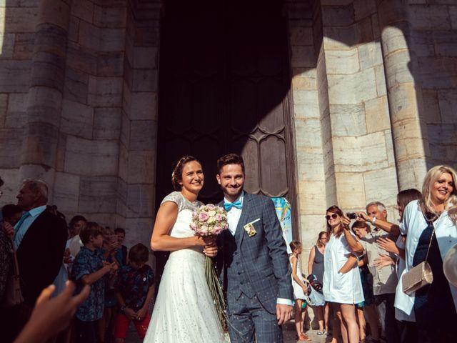 Le mariage de Romain et Juliette à Baume-les-Dames, Doubs 38