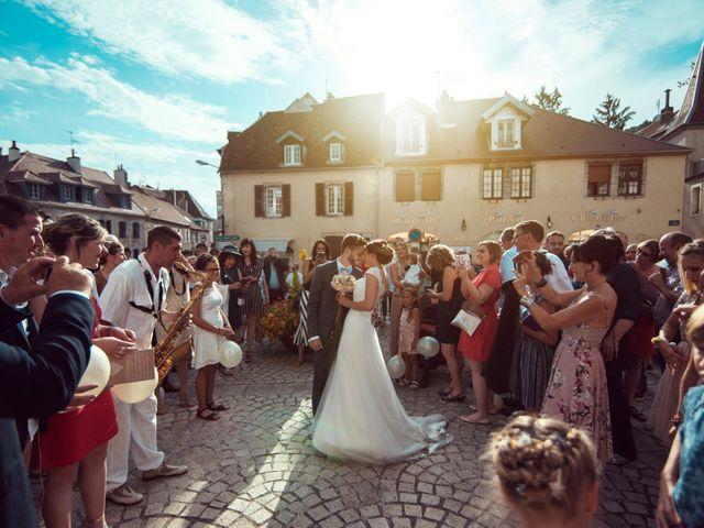 Le mariage de Romain et Juliette à Baume-les-Dames, Doubs 1
