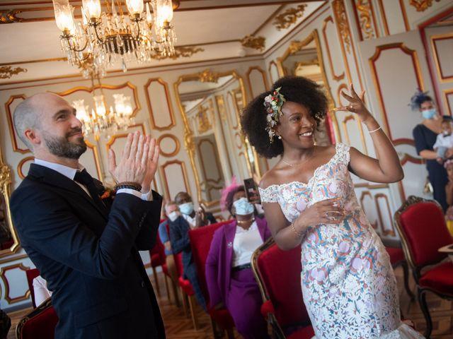 Le mariage de Anthony et Marthe à Châtenoy-le-Royal, Saône et Loire 32
