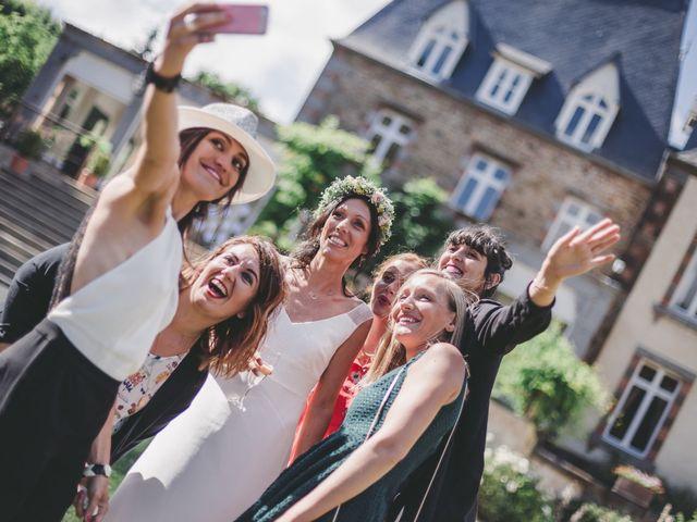 Le mariage de J... et C... à Dol-de-Bretagne, Ille et Vilaine 54