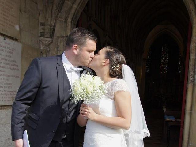 Le mariage de Paul Alexandre et Manon à Tour-en-Bessin, Calvados 10