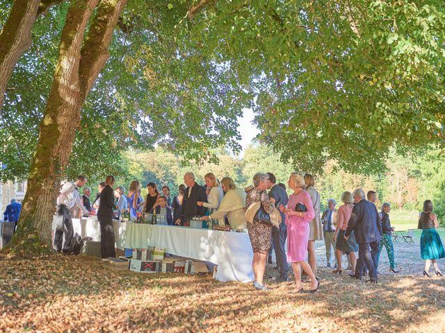 Le mariage de Pierre et Marie-Alix à Écommoy, Sarthe 30