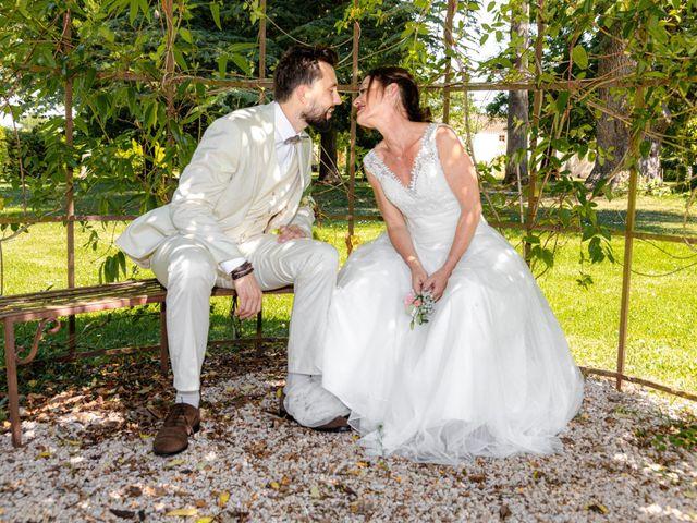 Le mariage de Basile et Nathalie à Sérempuy, Gers 23