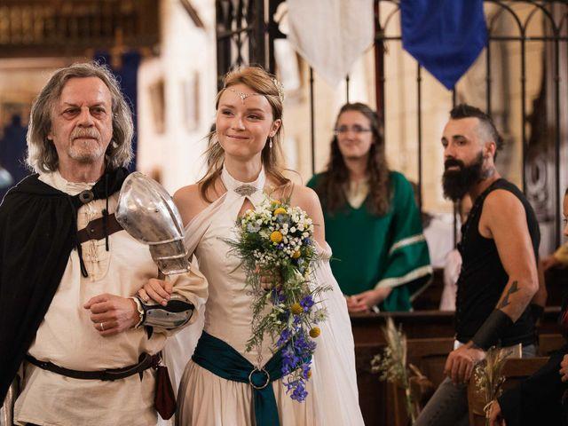 Le mariage de Guillaume et Diane à Beaulieu-sur-Loire, Loiret 17