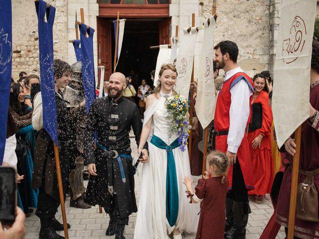Le mariage de Guillaume et Diane à Beaulieu-sur-Loire, Loiret 24