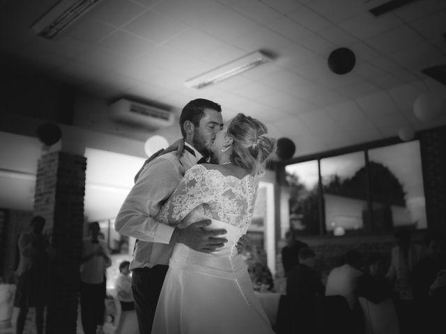 Le mariage de Romain et Johanie à Pommereuil, Nord 9