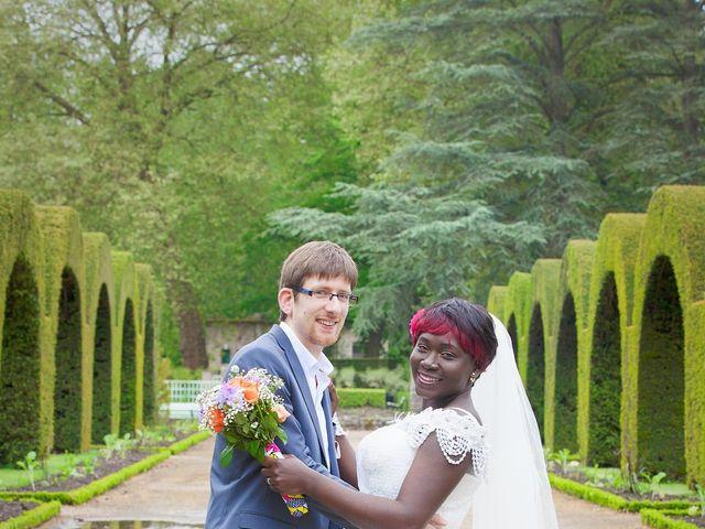 Le mariage de Grégoire et Leila à Bourges, Cher 9