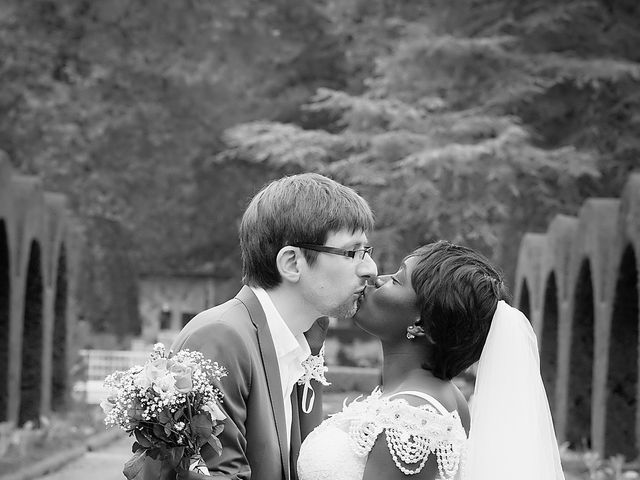 Le mariage de Grégoire et Leila à Bourges, Cher 10