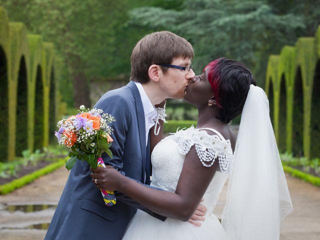 Le mariage de Grégoire et Leila à Bourges, Cher 1