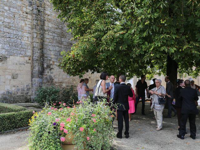 Le mariage de Samuel et Myriam à La Villedieu-du-Clain, Vienne 2