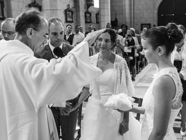 Le mariage de Samuel et Myriam à La Villedieu-du-Clain, Vienne 27