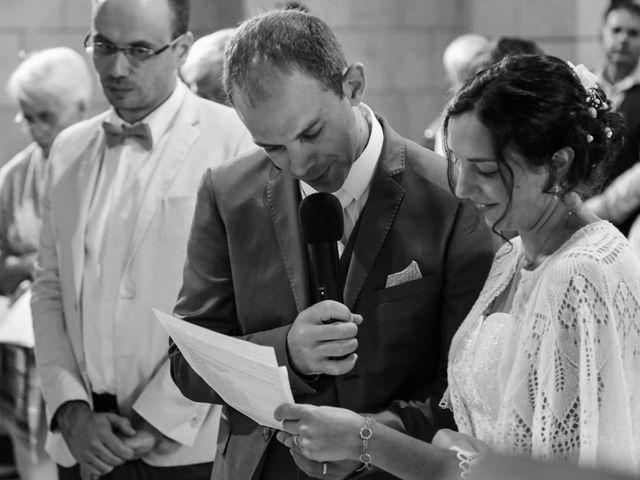 Le mariage de Samuel et Myriam à La Villedieu-du-Clain, Vienne 33