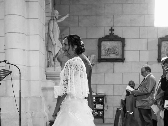 Le mariage de Samuel et Myriam à La Villedieu-du-Clain, Vienne 34
