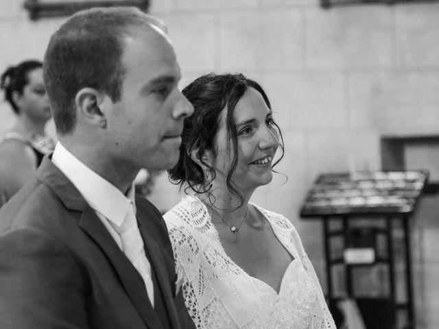 Le mariage de Samuel et Myriam à La Villedieu-du-Clain, Vienne 38