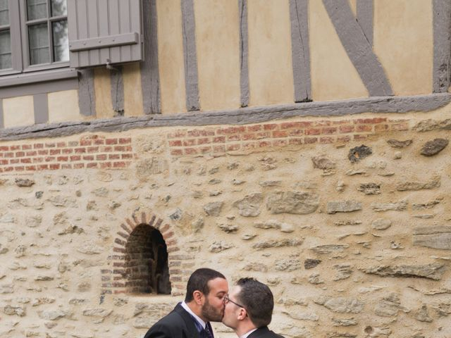 Le mariage de Kévin et Cyril à Verneuil-en-Halatte, Oise 11