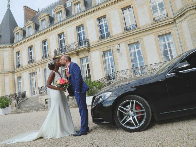 Le mariage de Massira  et Nicolas à Santeny, Val-de-Marne 1