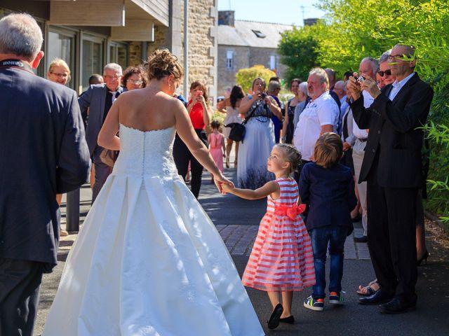 Le mariage de Nicolas et Véronique à Pommerit-le-Vicomte, Côtes d'Armor 3