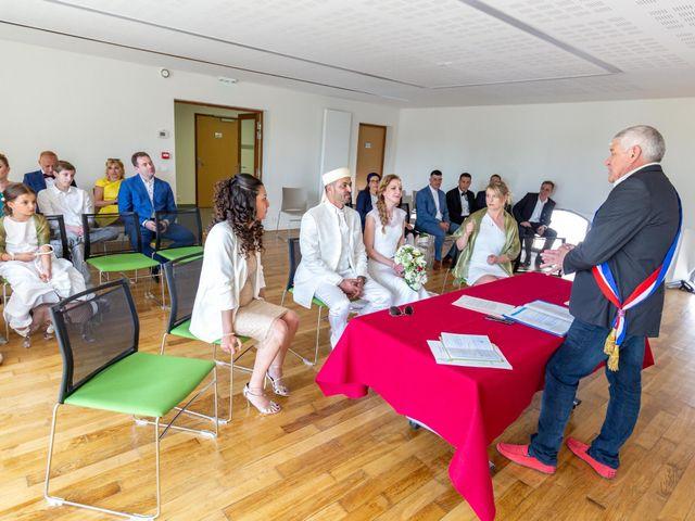 Le mariage de Hakim et Karolina à Beure, Doubs 3