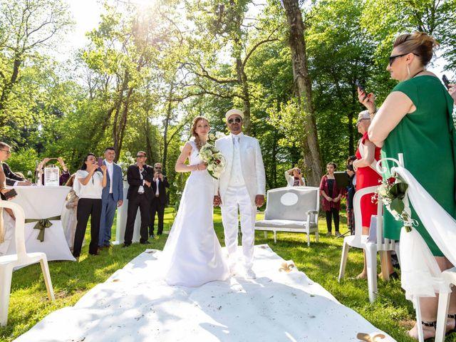 Le mariage de Hakim et Karolina à Beure, Doubs 13