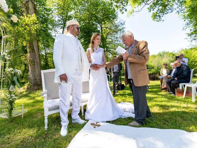 Le mariage de Hakim et Karolina à Beure, Doubs 14
