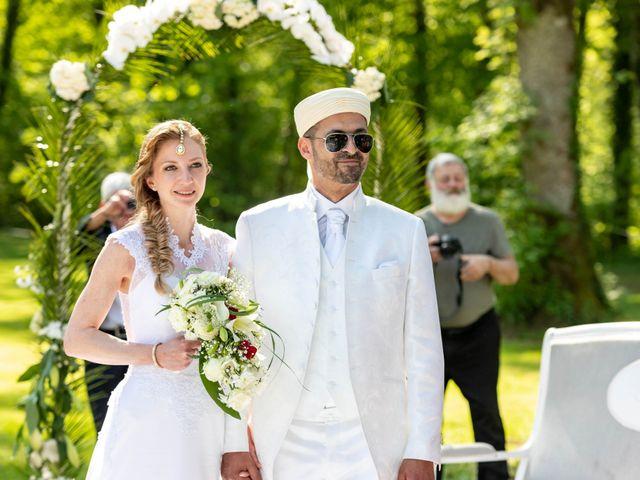 Le mariage de Hakim et Karolina à Beure, Doubs 15