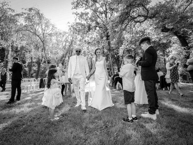 Le mariage de Hakim et Karolina à Beure, Doubs 16