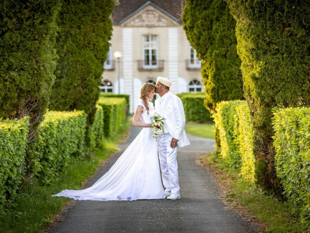 Le mariage de Hakim et Karolina à Beure, Doubs 2
